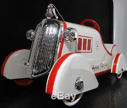 1920 Ford Pedal Car Fire Engine Truck Vintage Metal Model Antique NOT to Ride On