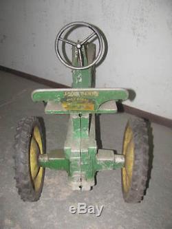Antique / Vintage Eska John Deere Model 60 Farm Pedal Tractor