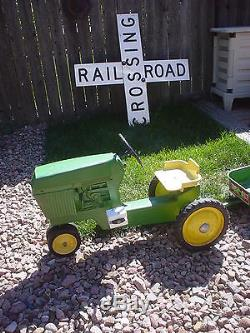 All Original RARE Vintage John Deere ERTL 520 Pedal Tractor With Wagon ALL METAL