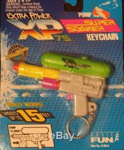 Brand New Vintage 1992 Larami SUPER SOAKER XP 75 Key Chain Rare