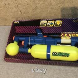 NEW Vintage Larami Super Soaker 100 Water Gun 1990 Original Box NIB