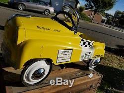 NYC Taxi Cab Pedal Car NO rust 954 rare vintage Excellent shape