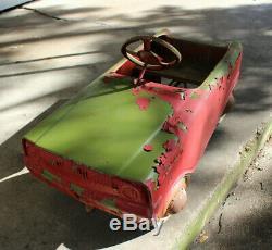 Original 1970s Vintage Metal PEDAL CAR by Murray
