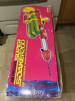 Original Larami Super Soaker 200 Vintage 1990 Toy With Box