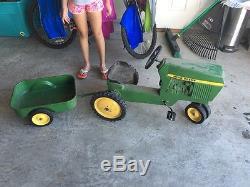 Original RARE Vintage John Deere ERTL 520 Pedal Tractor 40 52040 ALL METAL deer