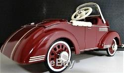 Pedal Car 1940 Buick Vintage Metal Collector Opening Hood READ FULL DESCRIPTION
