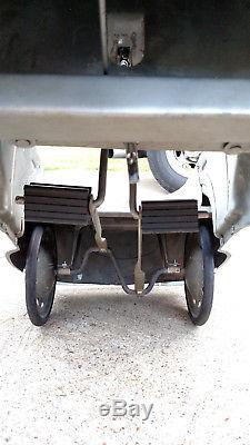 Pedal car, 1940 Skippy Gendron, Vintage