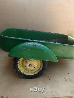 RARE Vintage John Deere Wagon METAL 2 Wheels Pedal Tractor