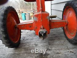VINTAGE 1950'S ESKA CASE CASE-O-MATIC MODEL 800 PEDAL TRACTOR RARE! SURVIVOR
