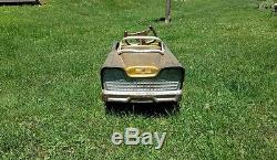 VINTAGE MURRAY PEDAL CAR / CHAIN DRIVE / 1950's ERA / MADE IN U. S. A