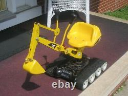 VINTAGE ROLLY TOYS! Tank Tread Steel Metal CAT EXCAVATER Digger Ride-On Outdoor