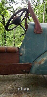 Vintage 1930s wood/metal Pedal car station wagon