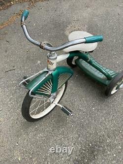 Vintage 1950's Midwest Industries Tricycle VG