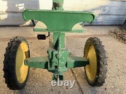 Vintage 1950s Eska John Deere 60 Pedal Tractor