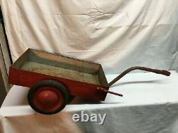 Vintage 1950s INT'L HARVESTR Pedal Car Tractor Tow-Behind Trailer Steel-NICE TOY