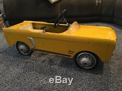 Vintage 1964 AMF ALL Original Junior MUSTANG 535 Pedal Car Rare Color