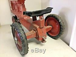 Vintage 1964 Ertl McCormick Farmall 806 Pedal Tractor Narrow Front End Star Rims