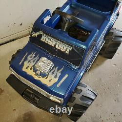 Vintage 1990s Power Wheels Bigfoot Big Foot Ford 4x4x4 Monster Truck Ride On Toy