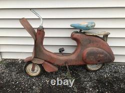 Vintage Antique 1940-50s Garton Super Sonda Chain Drive Vespa Scooter Pedal Car