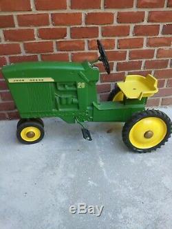 Vintage ERTL John Deere 20 Pedal Tractor D-63