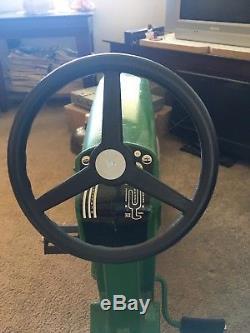 Vintage ERTL John Deere 20 Pedal Tractor Model D-65