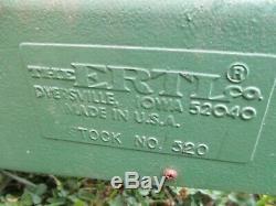 Vintage ERTL John Deere 520 Pedal Tractor