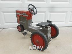 Vintage ERTL Massey Ferguson MF Model 1100 Pedal Tractor