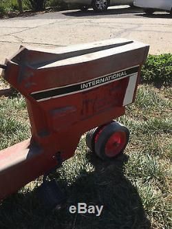 Vintage Ertl International Harvester Pedal Tractor Model 404 With Trailer AS-IS