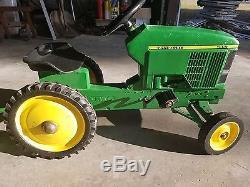 Vintage Ertl John Deere 7410 Pedal Tractor & trailer