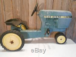 Vintage Ertl John Deere Cast Aluminum Pedal Tractor Model 520