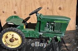 Vintage Ertl John Deere Diesel 4020 Pedal Tractor