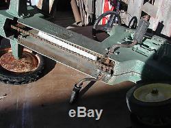 Vintage JOHN DEERE PEDAL TRACTOR, 520 deer petal
