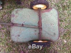 Vintage JOHN DEERE model 520 ERTL Pedal Tractor and Wagon