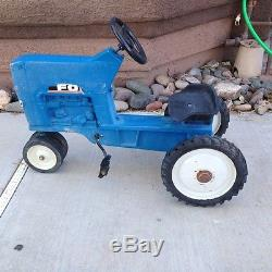 Vintage Late Model Ertl Ford 8000 Pedal Tractor Model F-68