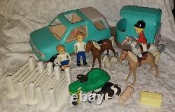 Vintage Little Tikes Place 5543-00 Horse Barn Stable Truck & Trailer Jockey Foal