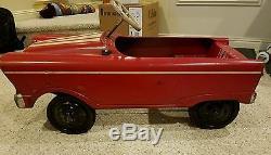 Vintage Metal Peddle Car Sports Car Antique Kids Red Great Item