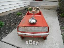 Vintage Murray Fire Chief Truck Engine Pedal Car