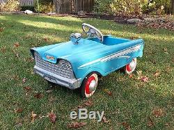 Vintage Murray Holiday Pedal Car 1959