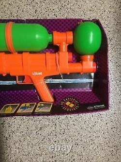 Vintage! New in Box! NOS Larami SUPER SOAKER 100 Water Blaster Squirt Gun 9933-0