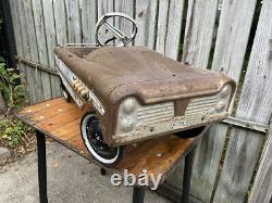Vintage Original 1960's AMF Super Sport (G-533) Pedal Car 36