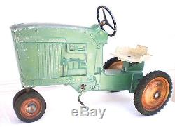 Vintage Original ERTL John Deere 20 Pedal Tractor Model D-65 Unbroken