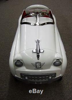 Vintage Pedal Car White GR Glide Ride Cruiser Limited Edition Burns Novelty