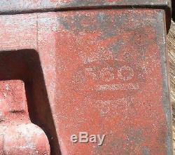 Vintage Pedal Tractor Farmall 560 Early Eska