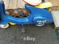 Vintage TRAFFIC PATROL POLICE Pedal Scooter by Garton Toy Company Complete RARE