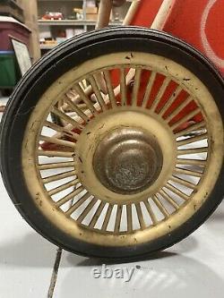 Vintage antique childrens rare pedal car/chariot