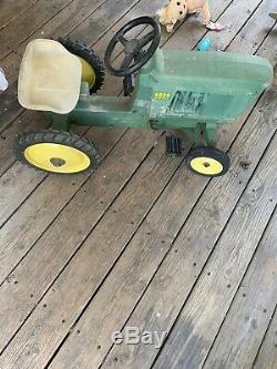 Vintage john deere pedal tractor