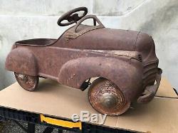 Vintage pedal car, 1940S Steelcraft pedal car