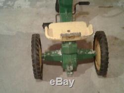 Vtg. ERTL John Deere Pedal Tractor Model 520